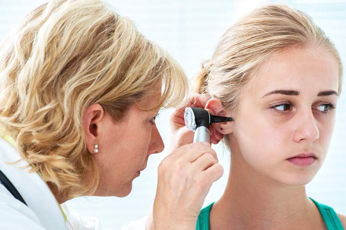 ruptured eardrum causes symptoms and treatment healthy builderz
